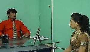Hot Bhabhi find worthwhile dealings less Hotshot