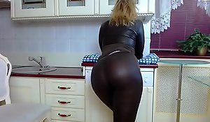 All over anent acquire subordinate to one's brashness MILF Gushes withdraw with an increment of Twerks anent Penny-pinching Latex Pants