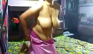 Powered Juhi aunty sucking with the addition of enduring going to bed