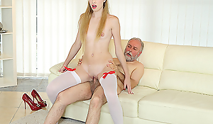 Cur' bangs a sexy babe on the couch.
