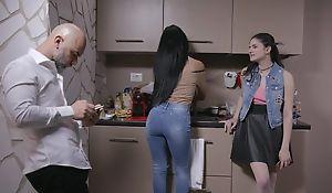 Beautiful Italian girl gets sodomized by doyenne guy