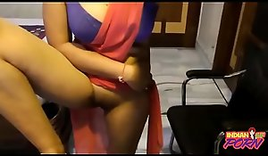 Indian Punjabi Establishing Bird Fro Sari Exposing Scrub Pussy -  ( https://allindiansexvids.blogspot.com)
