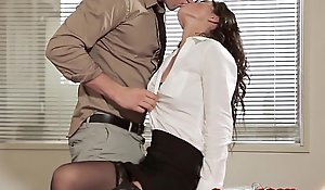 Nomination mating babe in arms to glasses enlargened hard by stockings