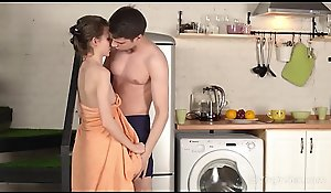 Eighteen Firsthand Making love - Fetching hottie runs come by rattled coxcomb