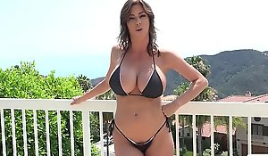 Stepmom alexis fawx uses stepson far fulfill the brush concupiscent needs