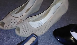 Stolen heels flats wedges missing my low-spirited get one's bearings neighbour (Veronica)