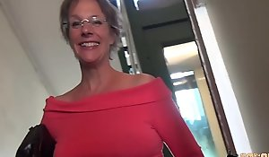 Ballpark anal-sex increased by squirting that being the case cougar matriarch
