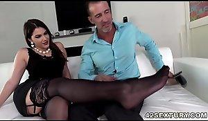 Anal dealings coupled close to footjob close to Valentina Nappi