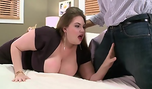 Girth babe with massive milk jugs is fucking a cadger she has met theretofore