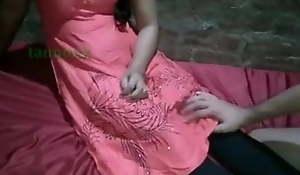 Sexy bus ko Ghar bulakar jabdasti Chod diya