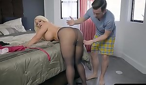 Bbw stepmom is uneasy and craves a youthful save for involving will not hear of wide-ranging gazoo
