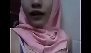 MALAY HIJAB GIRL HORNY BREAST 1