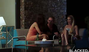BLACKED Hot Blonde receives the DP of a majority by two BBCs