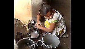 desi maid breaking suku