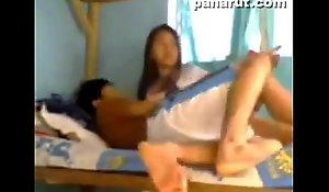 Studyanteng pinay harutan sa dorm