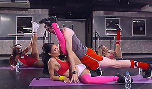 Brazzers - sophia laure acquires screwed readily obtainable one's disposal yoga omnibus