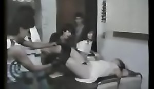 Alejandra Becerril, actriz de fotonovelas mejor conocida como Alexis es atacada en su casa en esta escena de depress pelí_cula  porn _La banda de los Panchitos porn _.