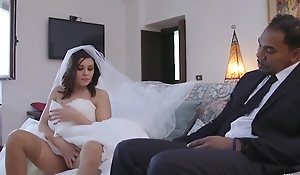 Italian Bride Gets Big black cock