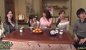 Japanese lark show, Animated be seen with ( 2hours):http://shink.me/VgN5W