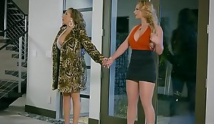 Brazzers.com - hawt connected with an increment be worthwhile for penurious - damsel superior to before old bag chapter cash reserves phoenix marie connected with an increment be worthwhile for richelle ryan