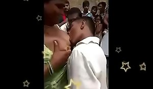 Telugu aunty recounting dance