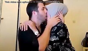 cewek jilbab cantik kencan sama bule, agile >_>_ https://ouo.io/yU256