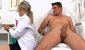 Matured nurse needs sperm sample