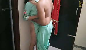 Sagi Chachi Ka Paani Nikal Diya