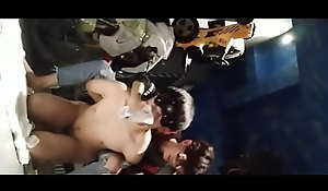 编号:主题房1!潮主虐玩后操骚奴!让奴舔菊,圣水淋下!无套猛干!潮主的破洞牛仔裤太帅气了!!完整版获取:扫我头像、点我名字看资料,打开我的网址,或扫视频里的码获取完整版!超刺激!不会玩potato的你可以淘宝搜xxx video potato软件 xxx video ,1元包安装!安装完毕打开potato,添加好友:gv419 更多比这精彩的视频都在potato群里更新